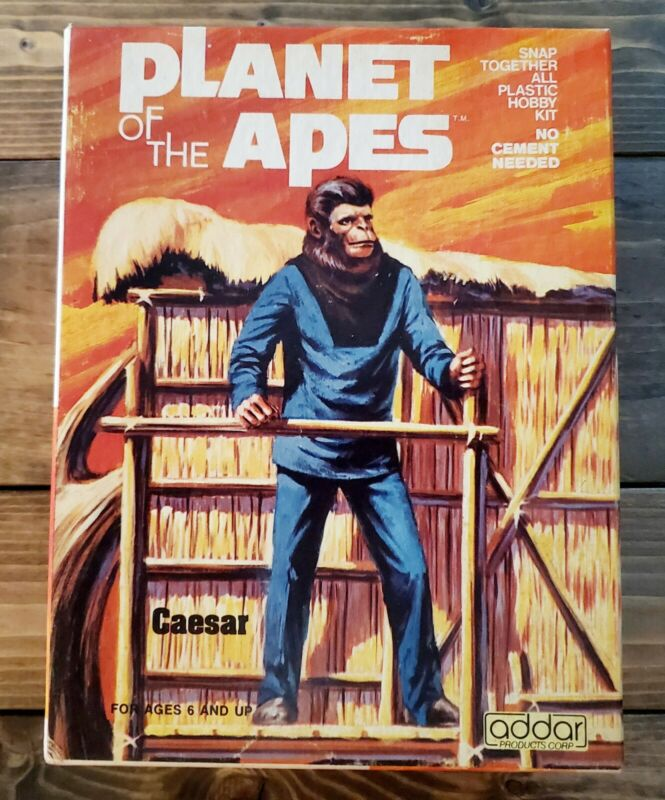 """1973 """"PLANET OF THE APES"""" Original ADDAR """"CAESAR"""" MODEL KIT Complete In The BOX"""