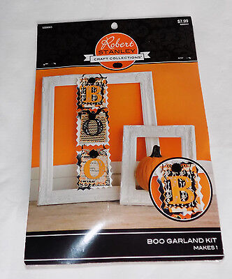 NEW ROBERT STANLEY CRAFT COLLECTIONS HALLOWEEN BOO GARLAND KIT