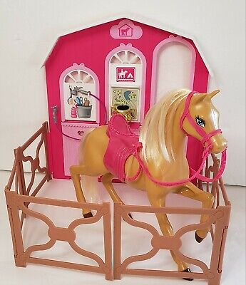 Horse and Stable from BARBIE Pony Tale SISTERS' Horse Adventure 2012 Mattel Set