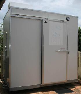 EXCELLENT MOBILE REFRIGERATED COOL and COLD ROOM Carina Brisbane South East Preview