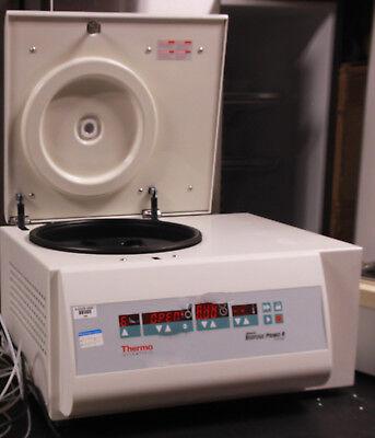 Thermo Scientific Fisher Heraeus Biofuge Primo R Centrifuge