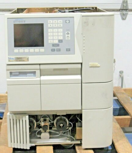 Waters Alliance 2695 HPLC Chromatography Separations Module Bad Display Parts
