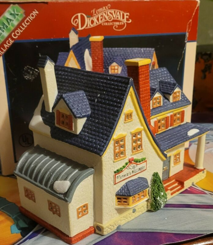 Lemax Village Collection Porcelain Lighted House LIGHTS NOT INCLUDED!