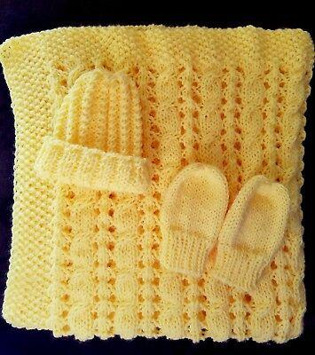 hand-knitted beautiful baby blanket +hat+mittens(honeybee)
