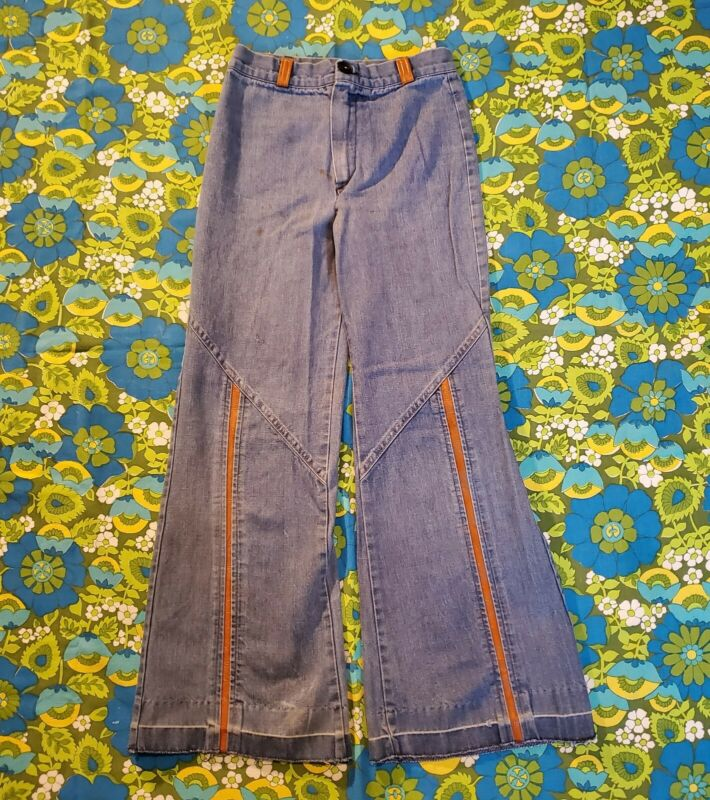 Vintage 70s Blue JeansDenim Bell Bottoms w/ tan faux leather accents and pocket