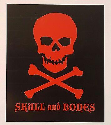 Skulls And Bones (Viaje Skull and Bones cigar)
