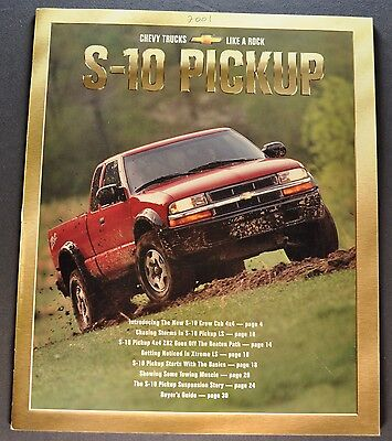 2001 Chevrolet S-10 Pickup Truck Brochure LS ZR2 Xtreme 4x4 Excellent Original S10 Xtreme Truck