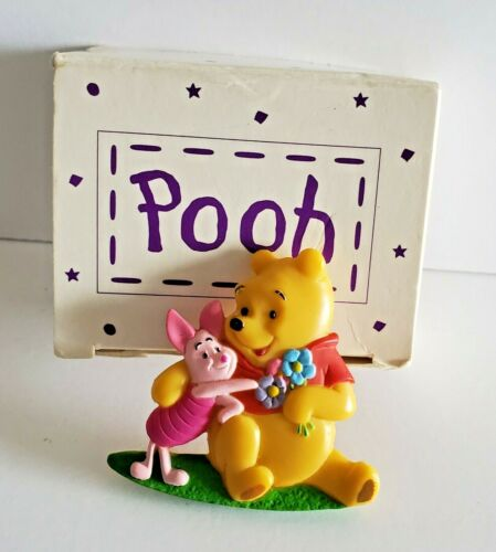 Vintage 1999 Disney Winnie the Pooh And Piglet Pin Avon Collectible Pinback
