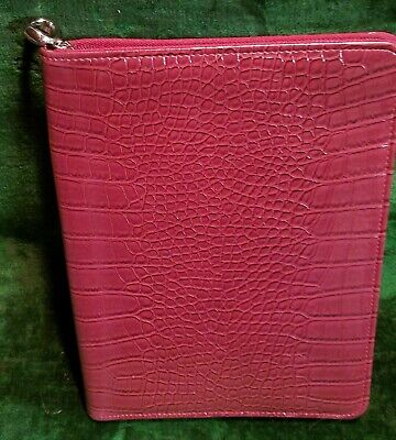 Burgundy Franklin Covey Zippered Croc Grain Padfolio With Business Card Inserts