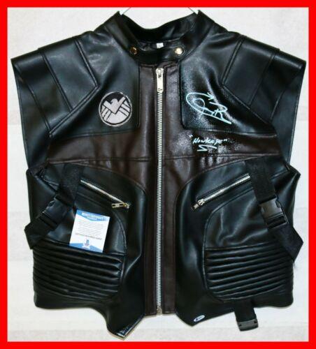 Jeremy Renner Signed Autographed Avengers Hawkeye Vest Costume Beckett BSA Prop