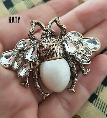 Vintage Style Antique Gold Tone Crystal Bumble Bee Pearl Brooch Pin Badge Broach