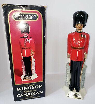 Decanter Mint - VINTAGE CANADIAN WINDSOR GUARDSMAN WHISKEY DECANTER ORIGINAL BOX 17