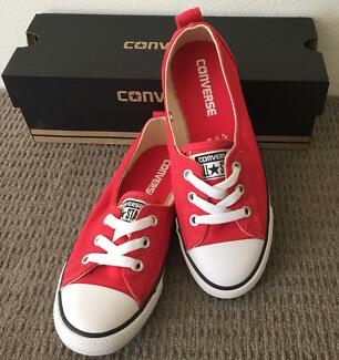 New with box - Converse Chuck Taylor Ballet shoes size 5