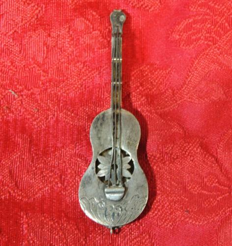 """Antique 3.25"""" French Victorian Silver Hallmark VINAIGRETTE Pomander VIOLIN Scent"""