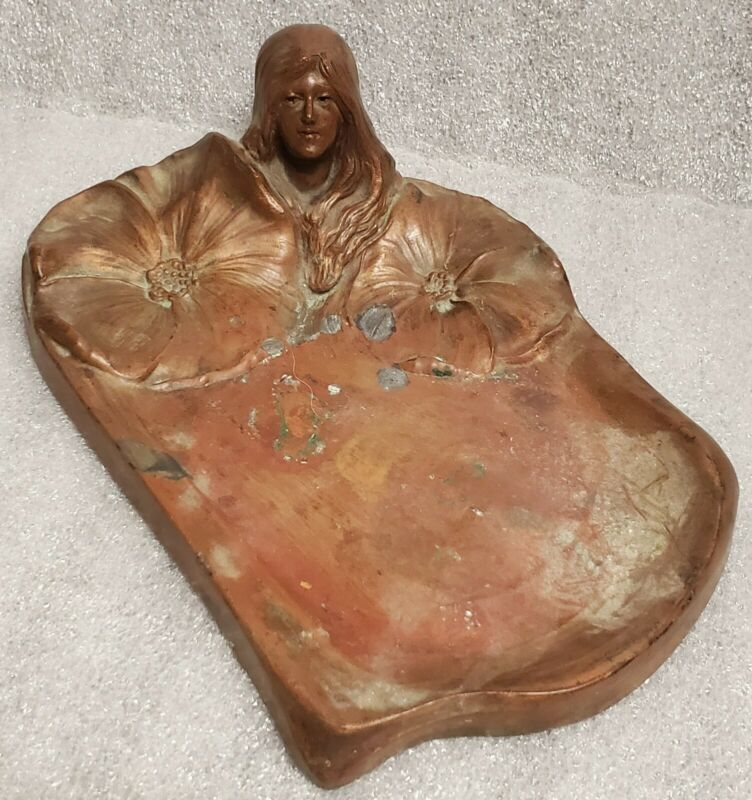 Art Nouveau Ashtray Woman Large