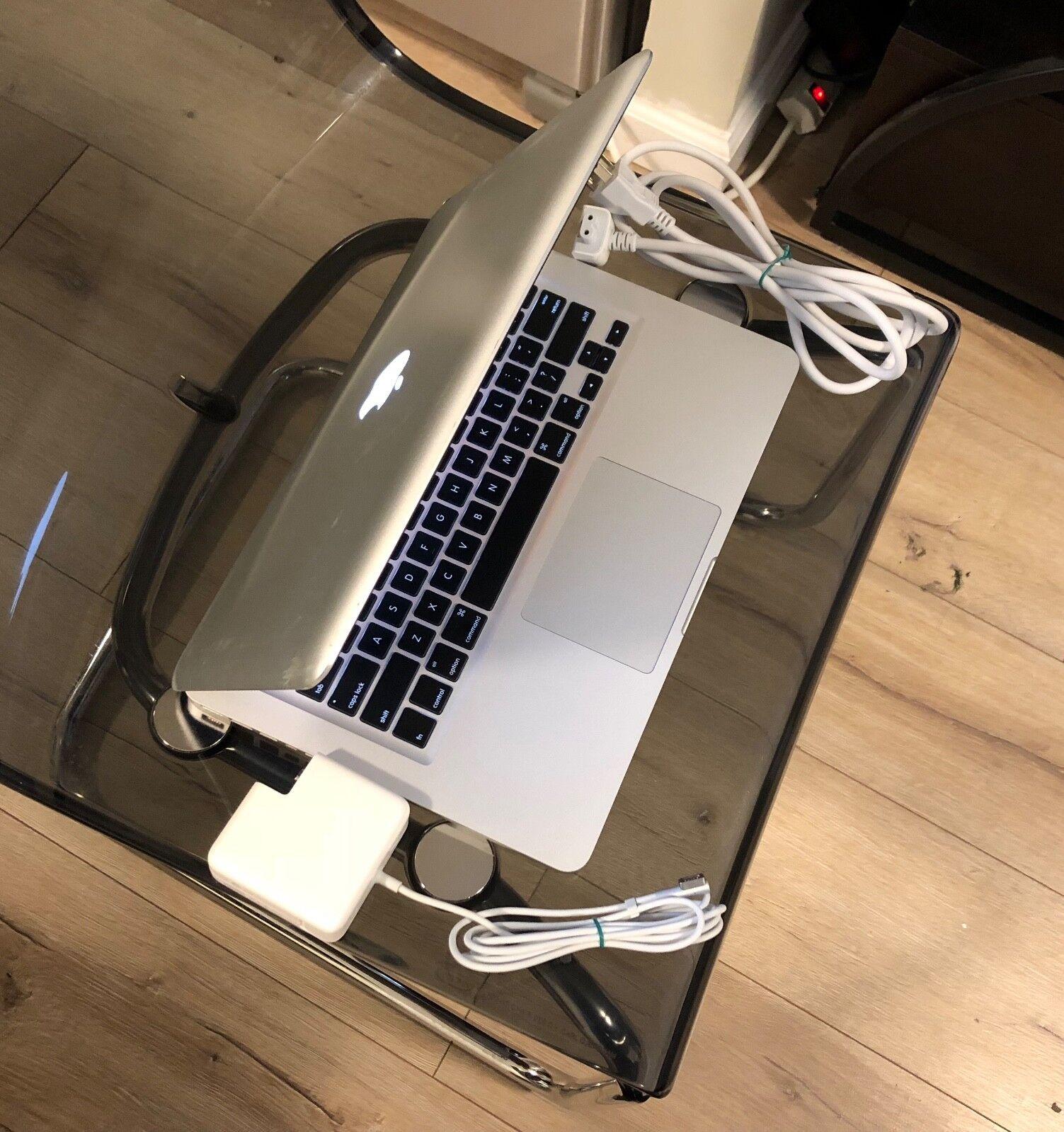 """Macbook - Apple MacBook Silver 13"""" 500GB HDD 2.3GHz i5 / 8GB OS X High Sierra 2017. Office"""