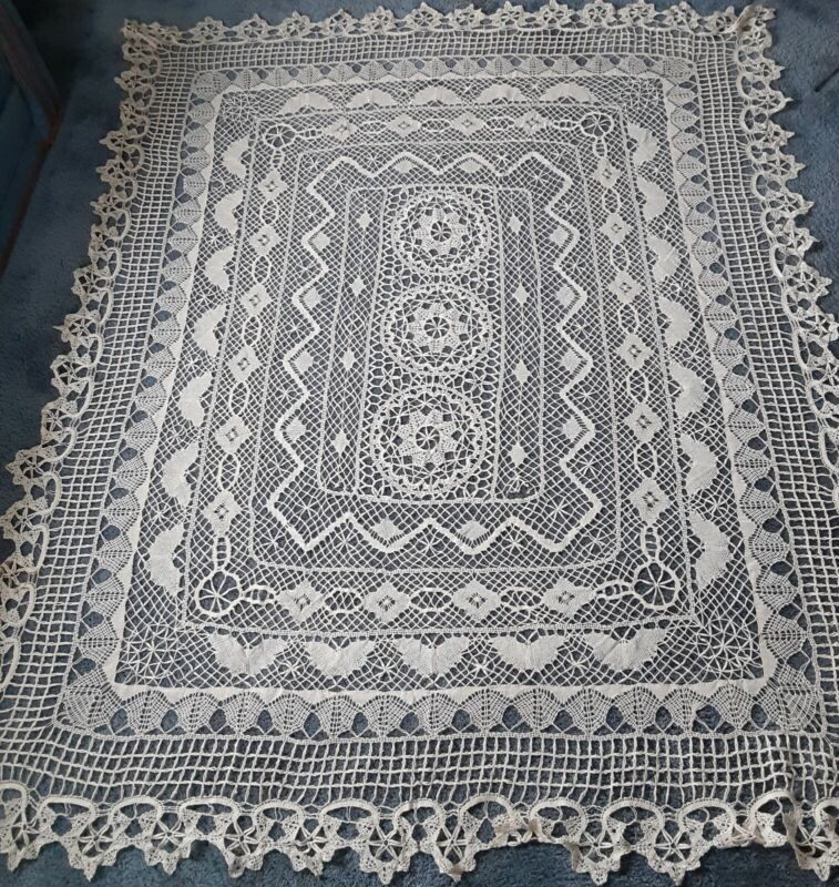 "Vintage Handmade Cotton Bobbin Lace Tablecloth Butterfly Design Beige 82"" x 102"""