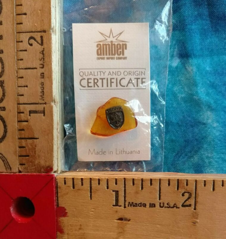 Lithuania Baltic Amber Lapel Pin Handcrafted Lietuva on Piece of Amber NIP