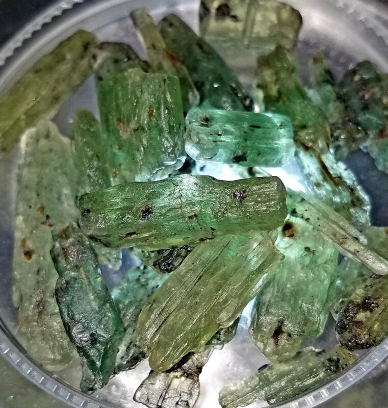 Beautiful Color 200+carat Lot Natural Green Kyanite Gem Rough Crystals