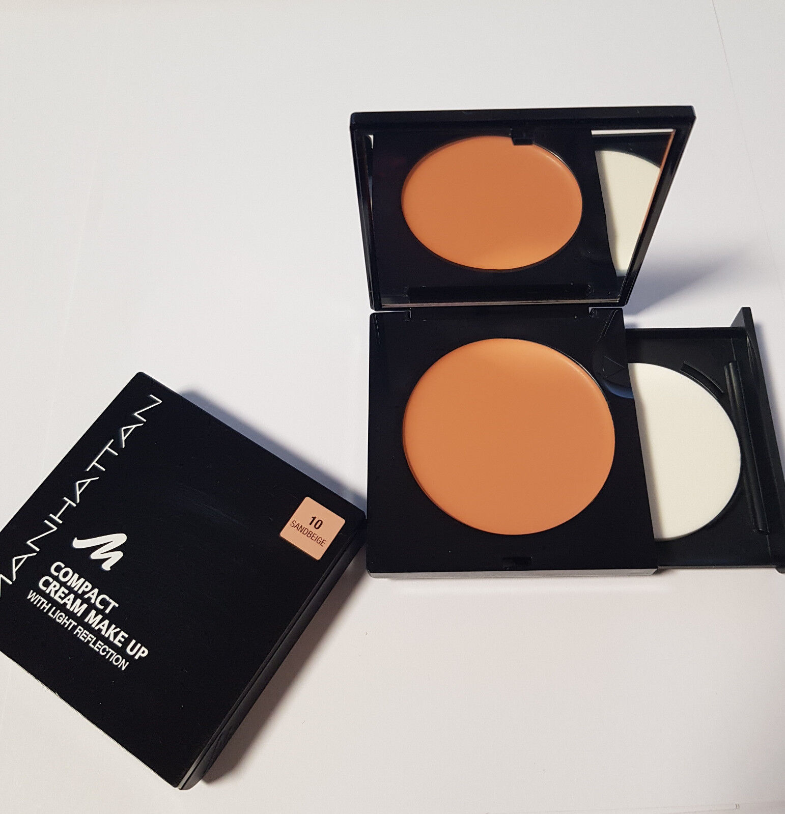 Manhattan Compact Cream Make Up Licht Reflection Foundation 10 Sandbeige Rarität