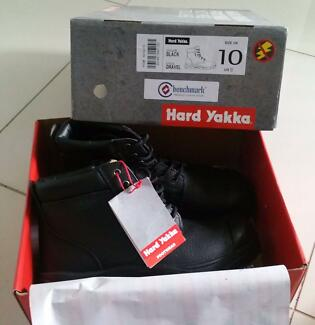 Size 10 brand new hard yaka steal toe cap workboots