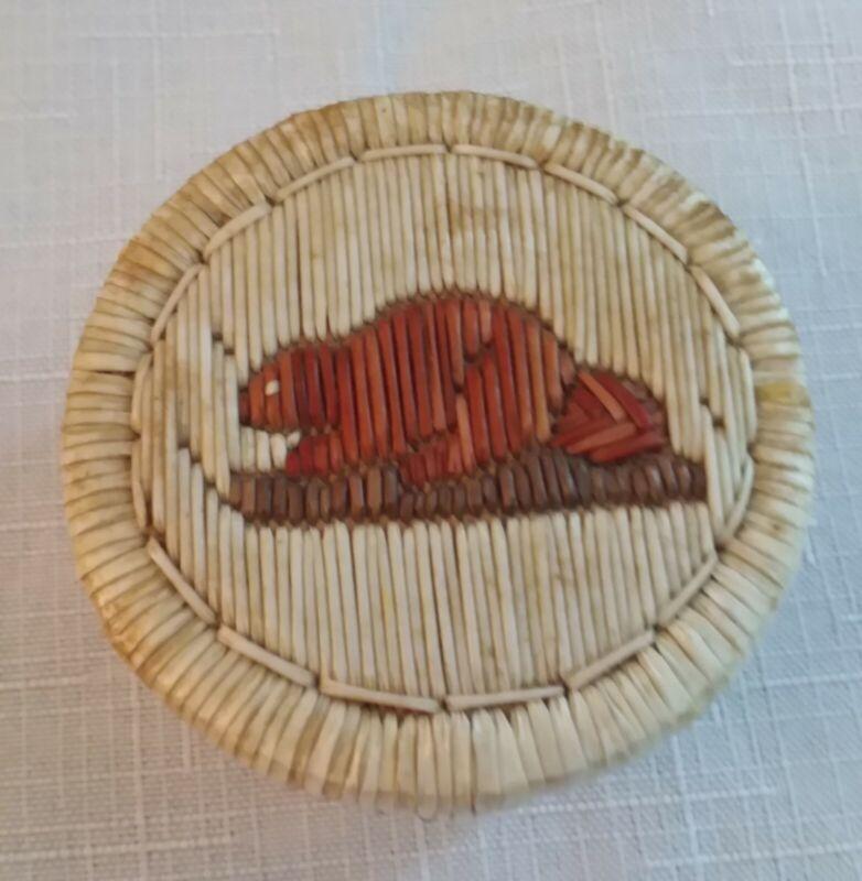 Ojibwe Porcupine Quill Birch Wood Sweetgrass Lidded Box Beaver on lid EUC
