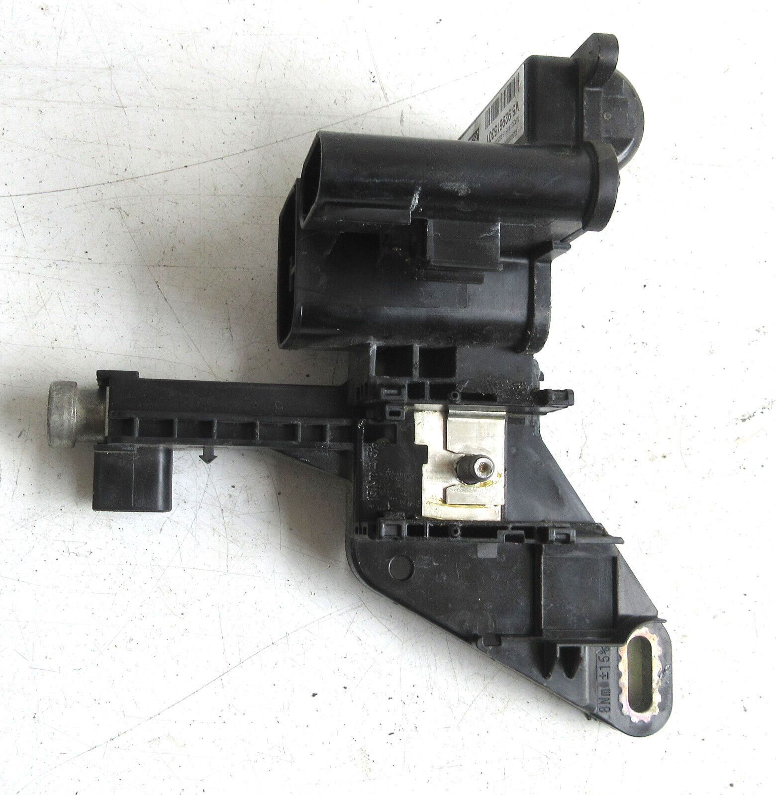 Genuine Used BMW Ignition Base Terminal Distributor for Most F Series - 9296153