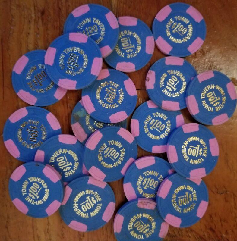 Town Tavern $1 Las Vegas Chip lot of 20 Hat & Cane mold