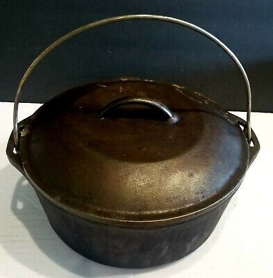 RARE VINTAGE DUTCH OVEN POT & TOP WITH HANDLE CAST IRON GREAT CAMPING ORIGINAL