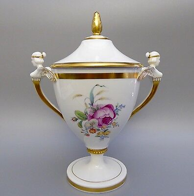 Fürstenberg Pokalvase Vase handgemalt Blumenbouquet Goldrand H. 25cm  (C)