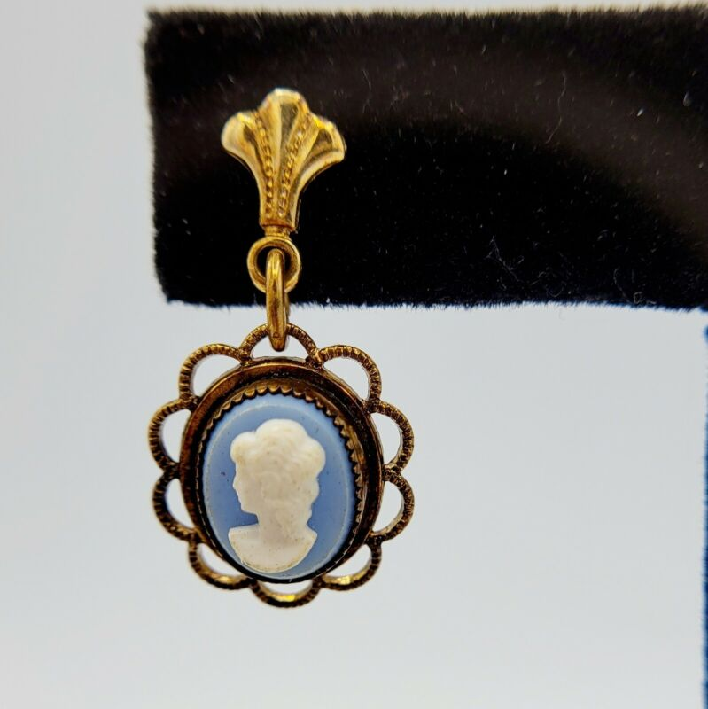 Vintage Brass/Gold Cameo Earrings Blue White Woman Cameo In Frame - Pretty!