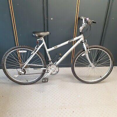 """Raliegh Cougar ladies bicycle 21 speed 49cm frame 26"""" wheels hardly used."""
