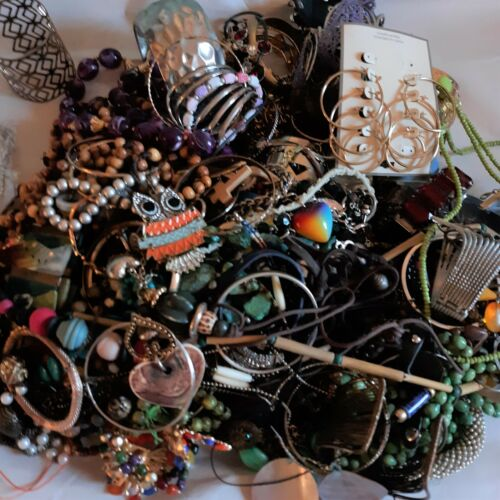 Jewelry Craft Lot Broken DIY Single Earrings Wearable Tarnished Over 10 Pounds