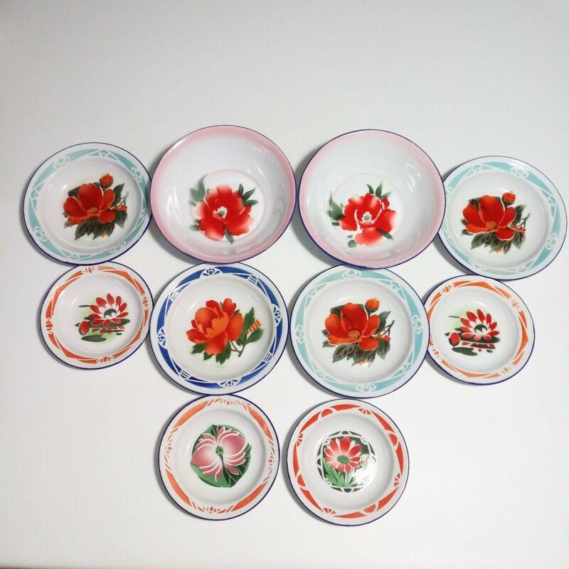 Vintage Bumper Harvest Enamelware 10 Pieces 3 Sizes Floral Read Description