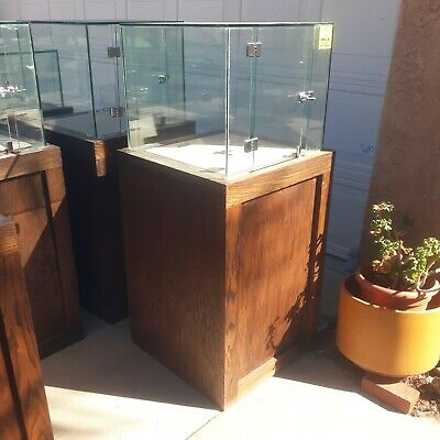 4 Jewelry Display Cases Available 24x24