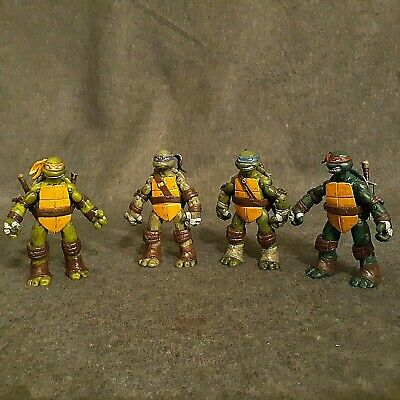 Teenage Mutant Ninja Turtles Toy Weapons (CLASSIC Teenage Mutant Ninja Turtles CUSTOM PAINTED  all 4 with weapons)