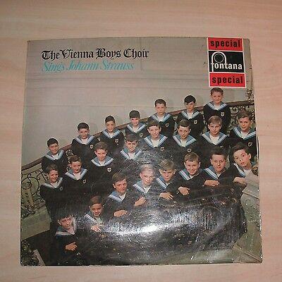 THE VIENNA BOYS CHOIR Sings Johann Strauss (Vinyl Album)