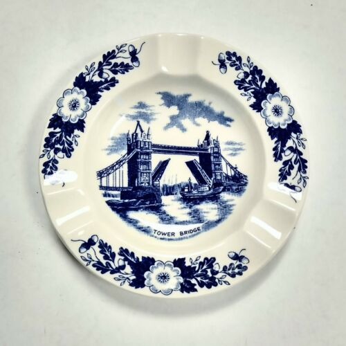 Vintage Weatherby & Sons London Pride Tower Bridge Ashtray, Excellent Condition