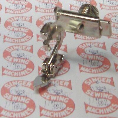 161127 SINGER Low Shank Adjustable Zipper Foot