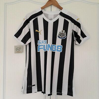 Newcastle United Puma Football Shirt Mens UK Size M - Free Postage