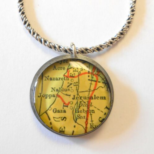 """Vintage Holy Land Jerusalem Nazareth Map Sterling Silver Pendant & 20"""" Necklace"""