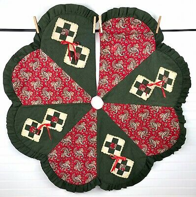 "Vtg Quilted Christmas Tree Skirt Handmade 41"" Red Green Ruffled Scalloped"
