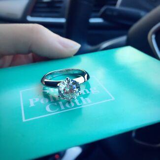 Tiffany engagement diamond ring 1ct size 5/5.5