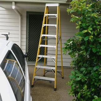 2.4m Fibreglass Ladders