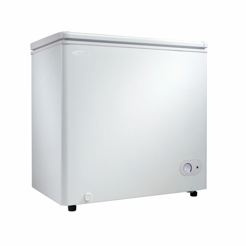 Danby DCF055A2WDB-3 5.5 Cubic Feet Chest Freezer with Foam Insulated Cabinet