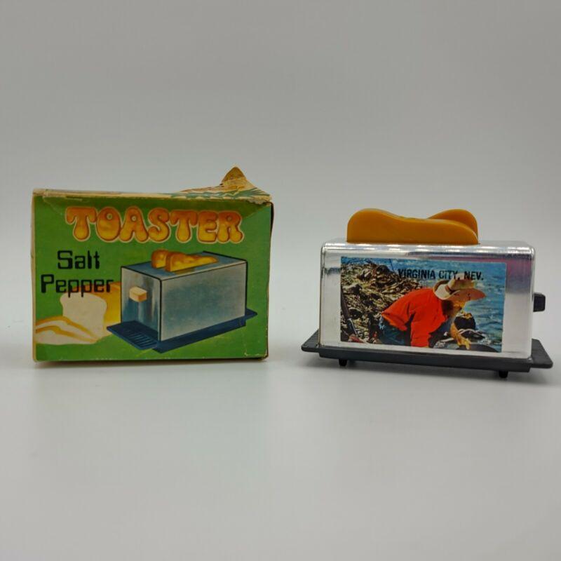 Vintage Virginia City NV Souvenir Plastic Toaster Salt & Pepper Shaker Set w Box