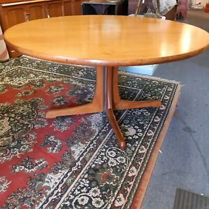 Parker Furniture MCM Round Dining Table c1970 Newcastle West Newcastle Area Preview