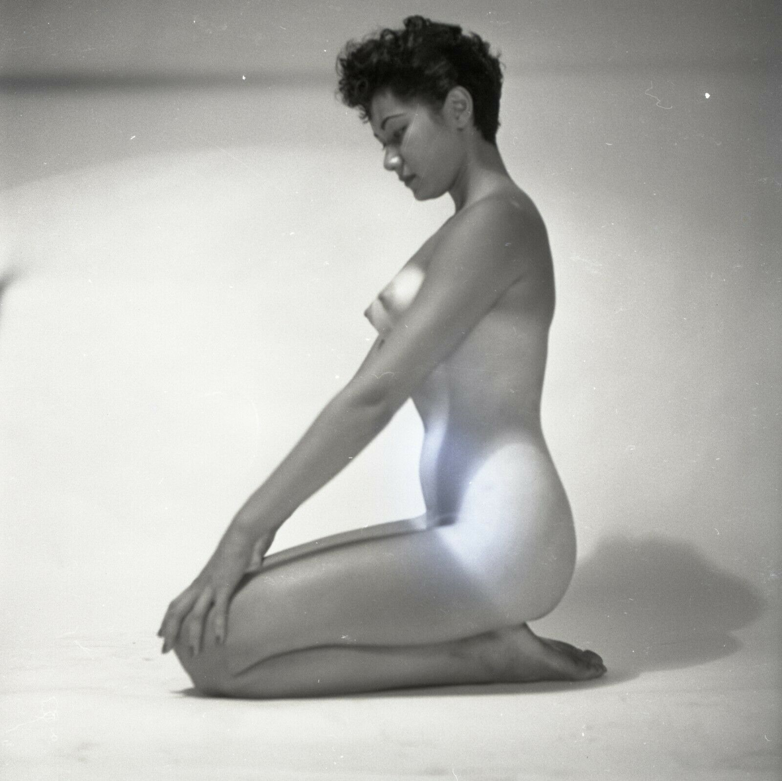 Original 1960s Peter Basch 120 Film Camera Negative Fine Art Figure Model Lovely - $14.50