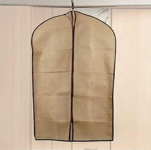 beige pendant v tement housse costume robe voyage affaires. Black Bedroom Furniture Sets. Home Design Ideas