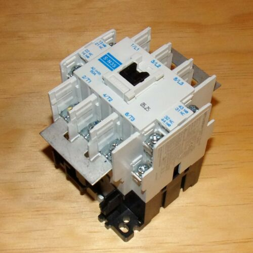 Mitsubishi Electric 200-220VAC Coil 40A Continuous Magnetic Contactor S-N35